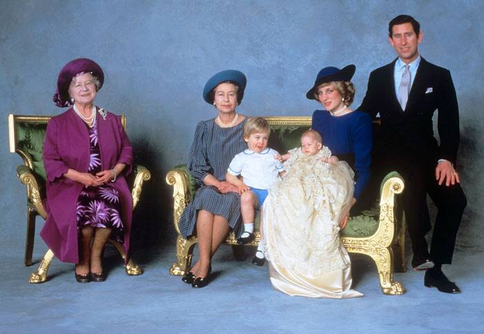 Elizabeth II, Elizabeth II Photos, Queen Elizabeth II, Britain Queen Elizabeth II, Nelson Mandela, Diana Princess of Wales, Prince Philip, Duke of Edinburgh, Buckingham Palace, John Kennedy, Pope John Paul II, Queen Mother, Ronald Reagan, Camilla the Duchess of Cornwall, Kate the Duchess of Cambridge holding Princess Charlotte, Prince George, Prince William, Prince Harry, baby Prince Edward, Princess Anne, Prince Andrew, Prince Charles, the Duke of Edinburgh, Nicola Sturgeon, Elizabeth II 63 years, Elizabeth II Longest Reigning monarch, Elizabeth II News, Elizabeth II Pics