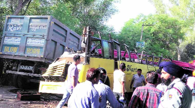 accident, bus accident, chandigarh accident, jalandhar accident, punjab accident, india news, latest news
