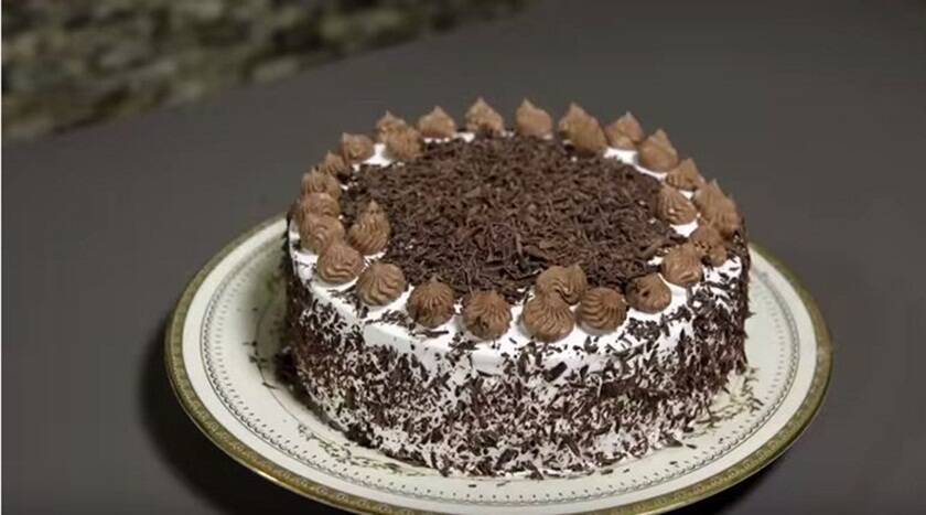 How To Make Cream For Black Forest Cake