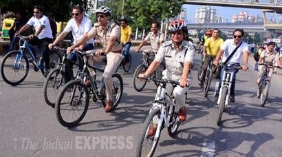 Gurgaon, Gurgaon News, Gurgaon Car Free, Car Free Day, Car Free Tuesday, Happy Car Free Day, No Car Drive, Car Free Gurgaon, Gurgaon Car Free Day, Gurgaon Car free Tuesday, Public transport, Gurgaon Public Transport, September 22