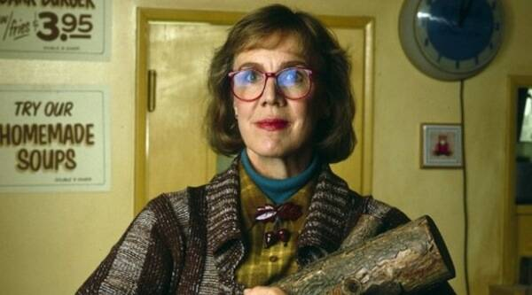 Catherine E Coulson, Catherine E Coulson Dies, Catherine E Coulson Dead, Catherine E Coulson twin Peaks, Catherine E Coulson demise, Catherine E Coulson Dies at 71, Catherine E Coulson Died, Catherine E Coulson News