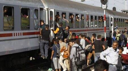 Migrant crisis: Croatia shuts most Serbia border crossings, angering Serbia
