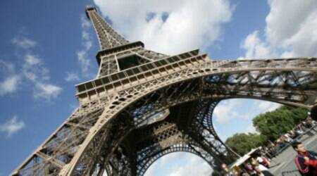 Eiffel Tower closed for hours after intruderspotted