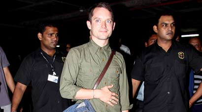 Frodo Baggins, the hobbit – Elijah Wood arrives in Mumbai