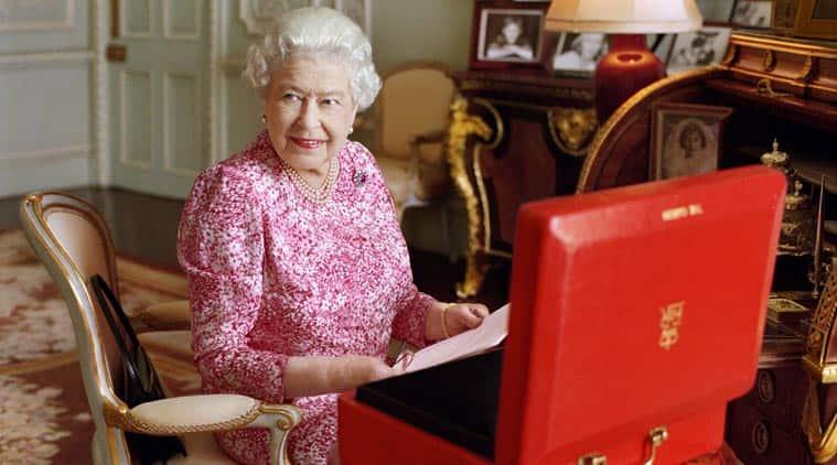 queen elizabeth 2, queen elizabeth, queen, queen elizabeth reign, longest reigning queen, great britain queen, queen victoria longest reigning, queen elizabeth longest reign, britain news, united kingdom news, world news