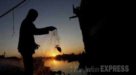 fishermen arrested, pakistan, indian fishermen, pakistan navy, indian fishermen attacked, pakistan navy indian fishermen, fishermen pakistan, india pakistan, pakistan india, india news, indian express