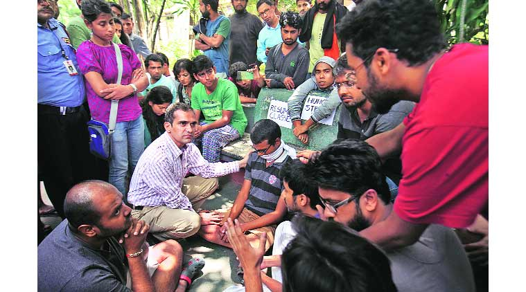 FTII, FTII director, FTII Prashant Pathrabe, contractual workers, pune news, indian express