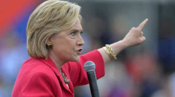 hillary, hillary clinton, clinton email, clinton's mail controversy