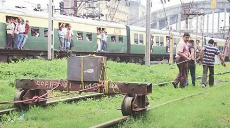 Low-intensity IEDs recovered from vacant train atHowrah