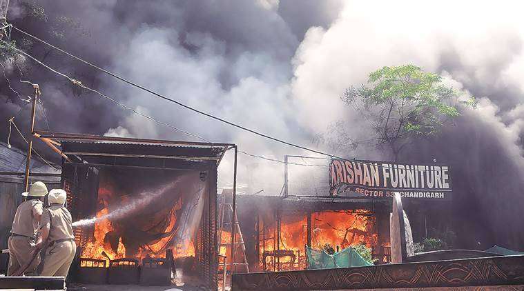 fire, fire in market, furniture market fire, accident, fire accident, chanidgarh news, indian express