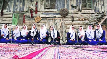 Kashmir, Kashmir music competition, Kashmir musical show Shireen Saaz, Shireen Saaz, Kashmir culture, D P Dhar trust, Kashmir latest news