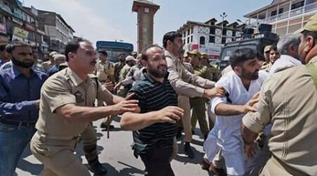 J&K floods anniversary, kashmir traders detained, kashmir traders, srinagar floods, srinagar traders, srinagar traders detained, J&K floods, Kashmir floods, traders detained in Kashmir, Kashmir floods anniversary, Kashmir shutdown, Kashmir bandh, J&K news, Kashmir news, India news