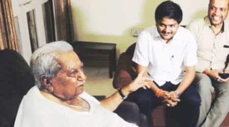 Before CM Anandiben, Hardik Patel metKeshubhai