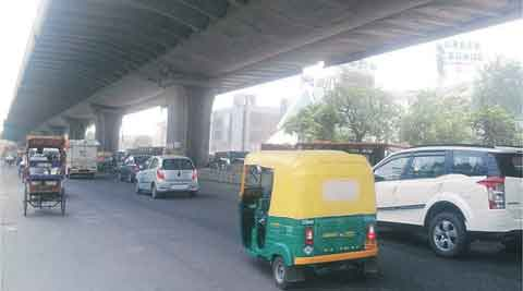Facing questions about strength, elevated corridor takes 'loadtests'