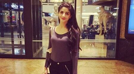 Pakistani actress Mawra Hocane to debut with 'Sanam Teri Kasam?'