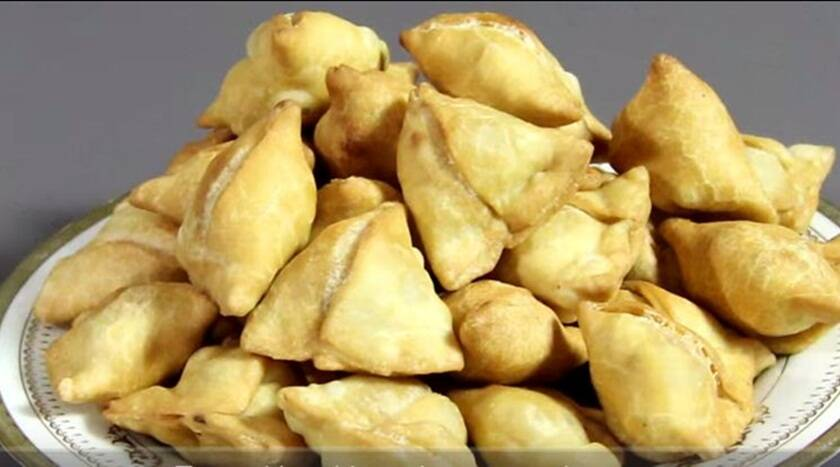 Mini Samosa recipe (Source: nishamadhulika.com)