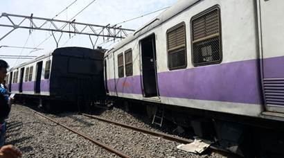 mumbai local train, mumbai suburban train, mumbai train derailment, mumbai local train derail, Virar to Churchgate local derail, Mumbai news, Maharashtra news, latest news