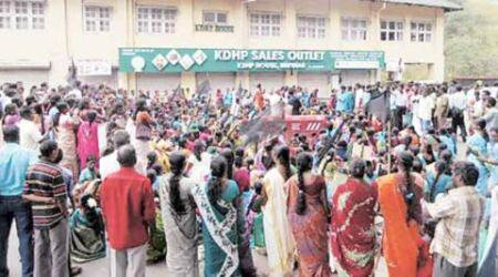 munnar tea estate, munna tea workers, munnar tea workers strike, CITU, Kerala tea workers strike, Kerala news, india news