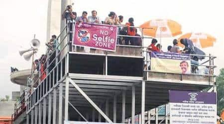Selfie, Nashik Kumbh, Nashik Kumbh Selfie ban, Kumbh Mela Selfie ban, Disneyland Selfie ban, indian express editorial, ie editorial