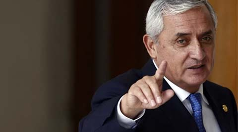 Guatemalan President Otto Perez Molina stripped off immunity, prosecutors close in