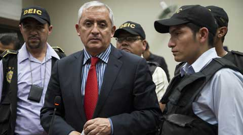 Guatemala swears in new president after Otto Perez Molina resigns in face of warrant