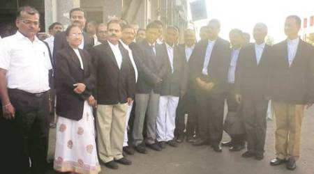 Pansare murder: 302 lawyers join hands to supportPansare