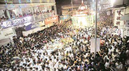 Thousands out on the streets on Visarjan day