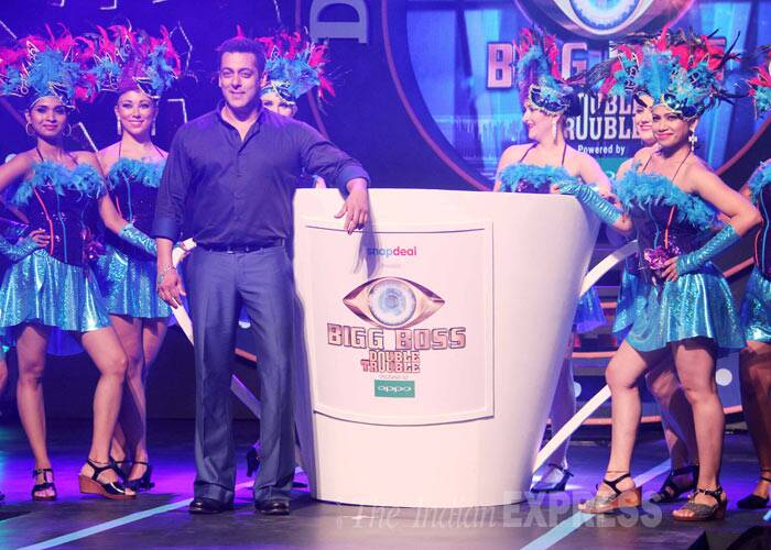 Salman Khan, Bigg Boss, salman khan bigg boss, salman khan big boss, salman bigg boss, bigg boss telecast, bigg boss 9, bigg boss 9 news, Salman Khan in Bigg Boss, Salman Khan news, Salman Khan actor, Bigg Boss 9, bollywood news, entertainment news