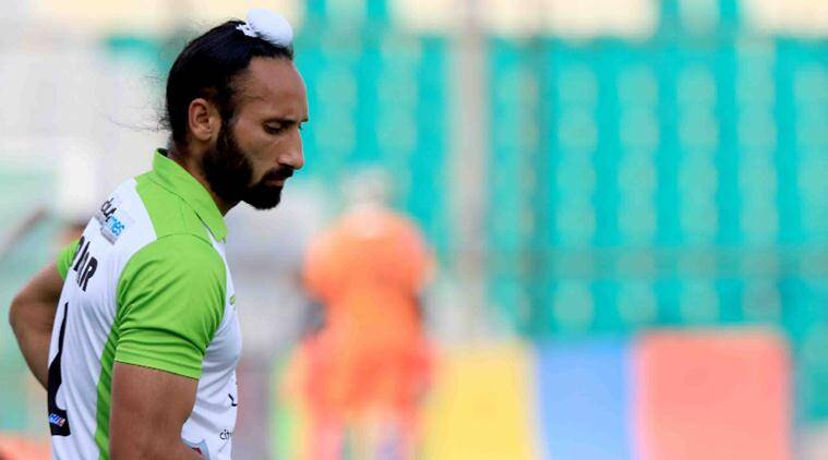 http://indianexpress.com/article/sports/hockey/indian-hockey-captain-sardar-singh-accused-of-sexual-harassment/