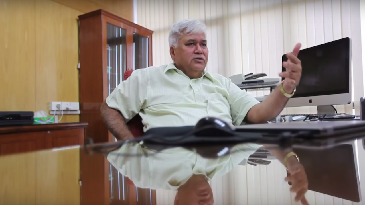 TRAI Chairman RS Sharma On The Plan to Tackle Call Drops