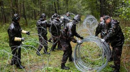 Fence on Slovenian border is temporary, says Hungary