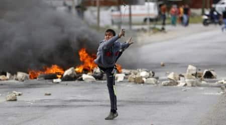israel palestine, plaestine stone throwing, palestine attack, israel stone attack, middle east news, israel news, palestine news, world news, international news
