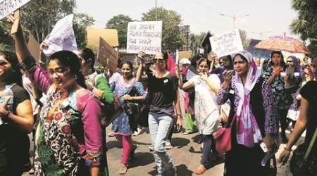 RTE admissions: Parents hold one-day strike, slamschools