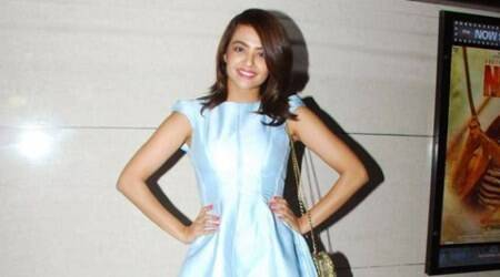 Men should watch 'Parched' to know about woman's struggle: Surveen Chawla