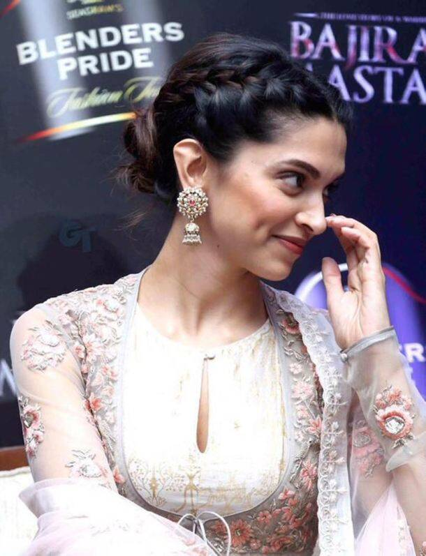 Deepika Padukone, Deepika Padukone ramp, bajirao mastani, deewani mastani, Deepika Padukone deewani mastani, deewani mastani song launch, deepika, ranveer singh, sanjay leela bhansali, priyanka chopra, anju modi, entertainment news, Deepika Padukone news, Deepika Padukone latest news, bollywood news