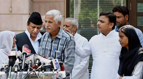 Akhlaq's family meets UP CM Akhilesh Yadav , hears Som speech soon after