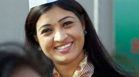 Alka Lamba hit with stone during rally in Bijnor