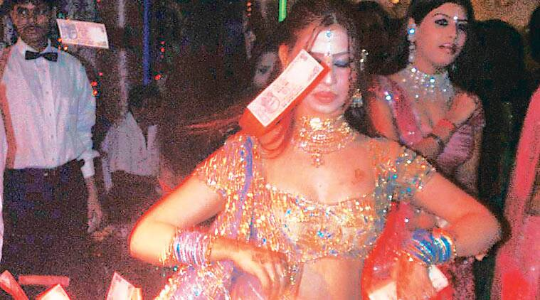 Dance bars ban, Mumbai dance bars, Dance bar ban lifted, Mumbai bar ban lifted, Mumbai bar dancers, bar dancers, Mumbai dance bars Supreme Court, Mumbai news