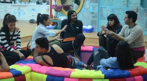 'Bigg Boss 9' Day Two: Phobias at the threshold of 'Double Trouble'