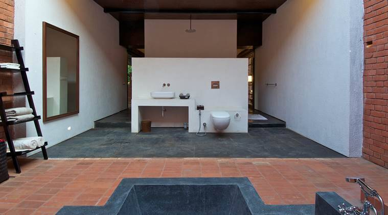 brick-kiln-home-bathroom