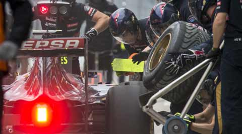 Russian GP, Russian Grand Prix, Sochi, Carlos Sainz, Carlos Sainz accident, Carlos Sainz Russian GP, formula One, Motorsports, motor sports, f1, f1 news, sports news