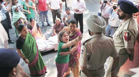 home guard suicide, chandigarh home suicide, chandigarh police suicide, police suicide, chandigarh news, india news