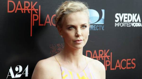 Charlize Theron, Charlize Theron Stalker, Charlize Theron Alleged Stalker, Alleged Charlize Theron Stalker, Charlize Theron Stalker Prosecuted, Charlize Theron Stalker Arrested, Charlize Theron Bouquet Stalker, Charlize Theron News
