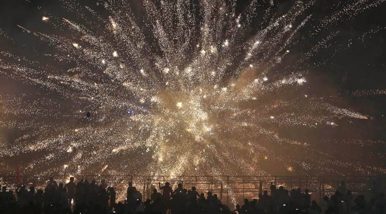 Centre rules out total ban on firecrackers