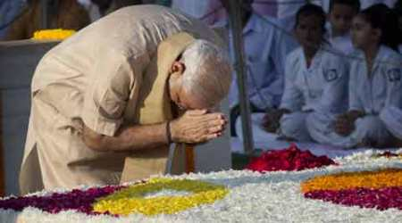 Nation pays homage to Mahatma Gandhi on 146th birth anniversary