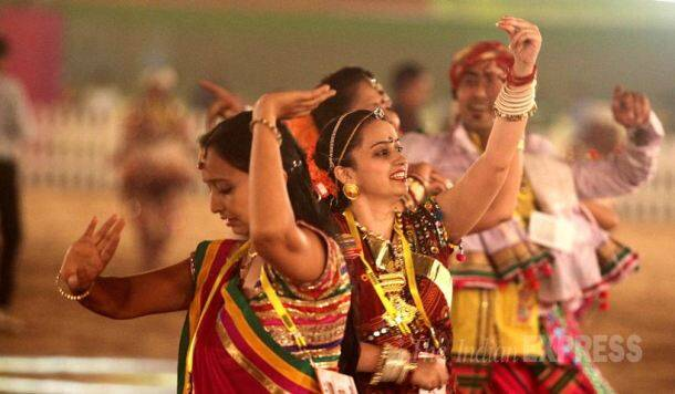 Navratri, Navaratri, Garba, Dandiya, Dandiya Raas, Garba Raas, Navratri Festival, Dussehra, Dasara, Dandiya Pics, Gabra Pics, Dandiya Photos, Garba Photos, Navratri Photos, Indian Express