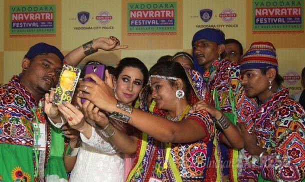 Navratri, Navaratri, Garba, Dandiya, Dandiya Raas, Garba Raas, Navratri Festival, Dussehra, Dasara, Dandiya Pics, Gabra Pics, Dandiya Photos, Garba Photos, Navratri Photos, Indian Express