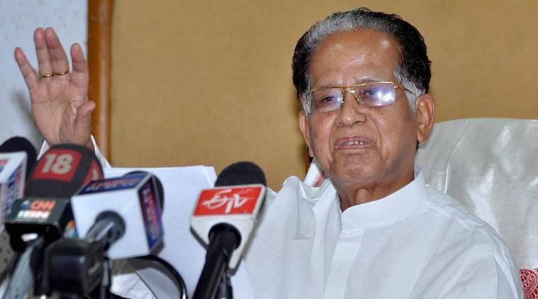Guwahati: Assam Chief Minister Tarun Gogoi addressing a press conference in Guwahati on Saturday. PTI Photo(PTI9_26_2015_000096A)