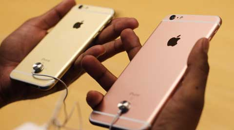 iPhone 6s, iPhone 6s Plus, Apple iPhone 6s, Apple, Apple India launch, Apple iPhone 6s India price, iPhone 6s price, iPhone 6s specs, iPhone 6s features, iPhone 6s Vodafone offer, iPhone 6s Airtel offer, iPhone 6s Grofers, iPhone 6s Amazon, iPhone 6s Flipkart, iPhone 6s Snapdeal, technology, technology news