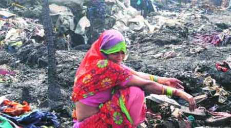 Fire destroys 250 jhuggis in Mangolpuri